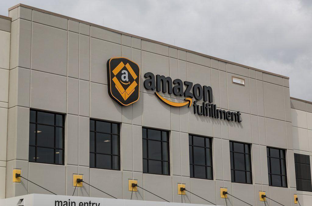 Amazon abarcó casi la mitad de las compras electrónicas de Estados Unidos